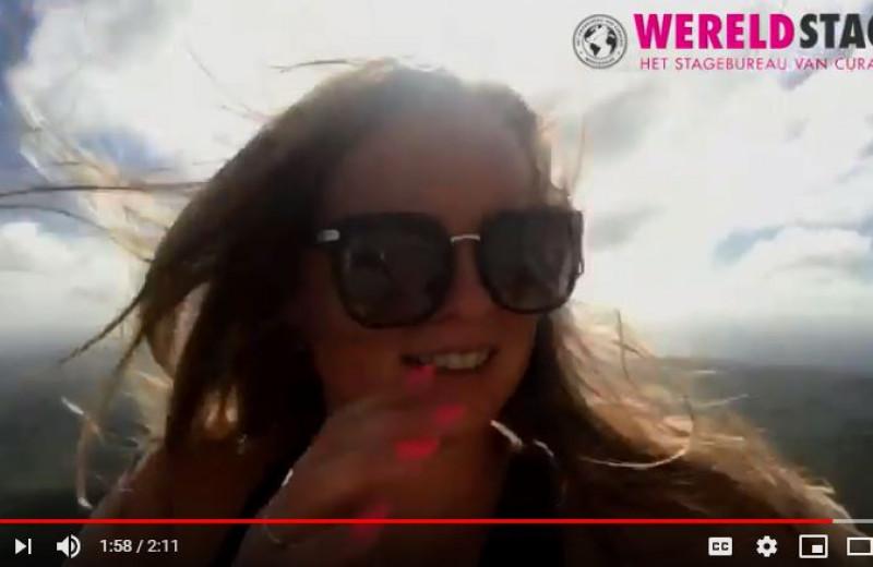 Laura vlogt voor Wereldstage
